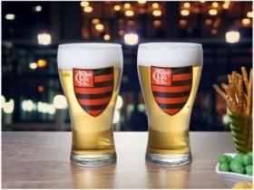 Jogo de Copos de Vidro para Cerveja 470ml 2 Peças – Globimport Flamengo Shape Logo (cód. 220521100)